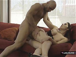 LASUBLIMEXXX Valentina Nappi pleases a kinky stud