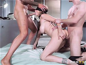 marvelous boss Julia Ann gets a double creaming