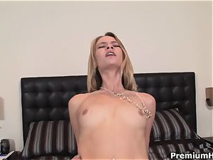 Too insatiable to say no Michelle Honeywell