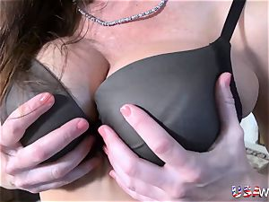 USAwives Mature dame bj and plaything onanism