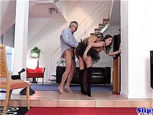Glam eurobabe bum-fucked in fancy threesome