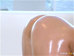 naked oily plowing with spectacular stunner Abella Danger