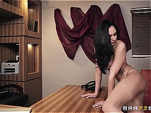 plowing super-hot Ariana's booty on the office desk