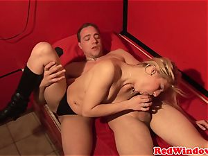 Pussynailed dutch hooker spoiling tourist