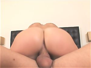 molten London Keys rides her fuckbox on this firm sausage