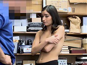 Emily Willis enjoys a deep honeypot beating from dangled mall cop