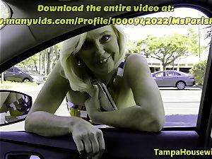 Parking pile oral pleasure with Ms Paris Rose