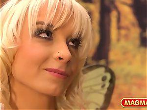 MIA MAGMA Mia Magma is your desire pixie goddess