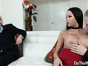 spectacular wifey romps in front of hubby