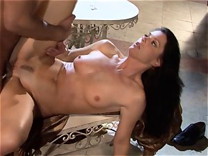 India Summers India Summers is lovinТ the phat trunk pleasuring her super-steamy pussy har