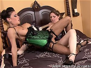 Kiki Daire attempts it out with Jessica Jaymes