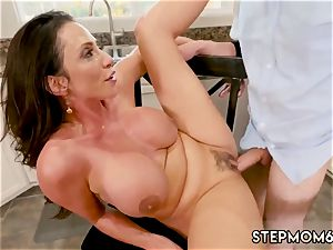 cougar absorbs crimson steaming Borrowing Milk From my Neighbor