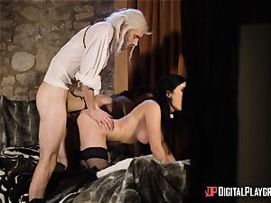 honeys Ella and Olive fantasy plumb with monster chisel