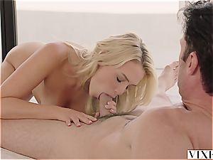 Mia Malkova seducing her steamy renter