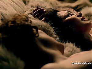 Caitriona Balfe in torrid hump scene from Outlander