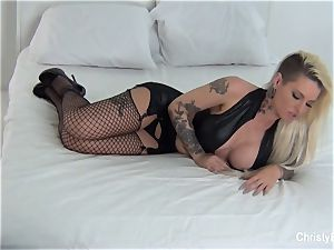 Behind the sequences with Christy Mack and Kirsten Price