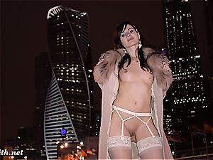 nude city journey with Jeny Smith