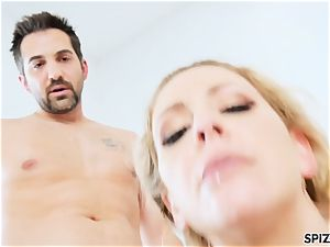 Spizoo - Step mummy Cherie Deville gets nailed